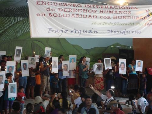 Human rights delegation to Bajo Aguan in 2009 (credit Flickr user hondurasdelegation)