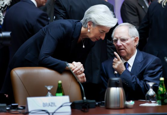 IMF MD Lagarde in discussion with German finance minister Wolfgang Schäuble at April 2015 G20 meeting - credit: IMF